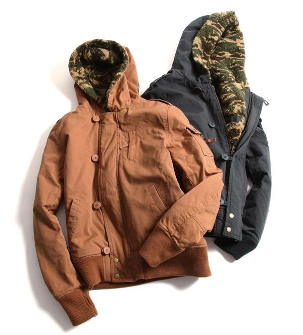 雙面穿外套,迷彩大衣,迷彩圖案,迷彩軍裝風格,迷彩混搭,時尚迷彩,迷彩夾克