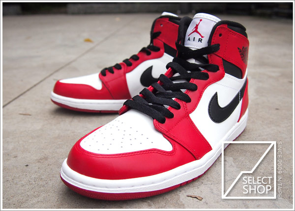 "☆HAru☆ Nike AIR JORDAN 1 RETRO HIGH OG ""Chicago"" AJ AJ1 I 一代 白黑紅 經典復刻"