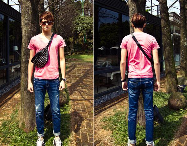 ▲【Sample】訂製款特殊超柔棉質感V字領超百搭經典素色短袖T恤