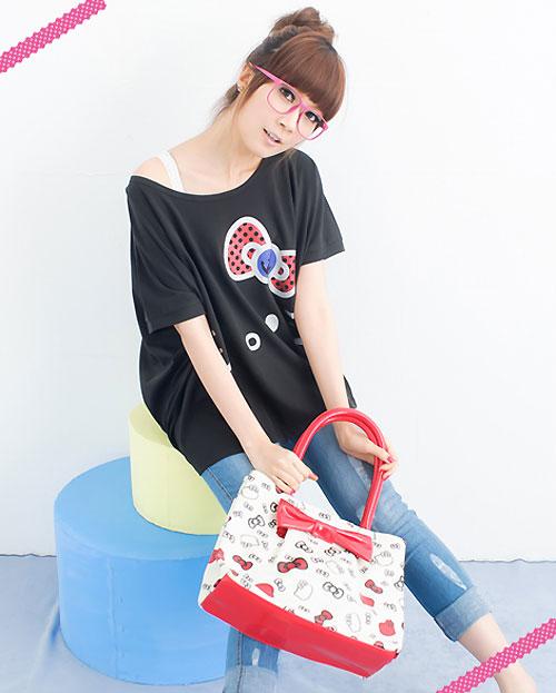 【KILARA】手繪感 毛筆線條Kitty印花皮革手提包(黑、白兩色)