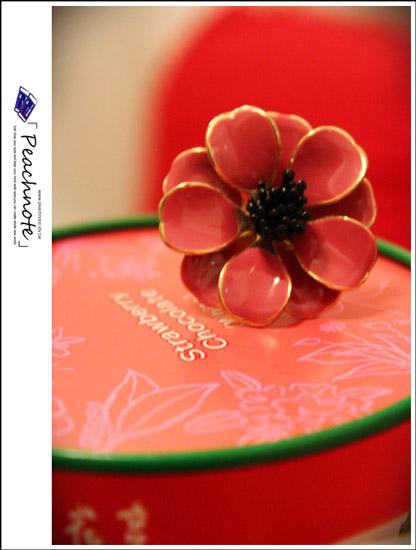 少女都應該有一朵的大花戒指─日本padoba 山茶花之戀戒指