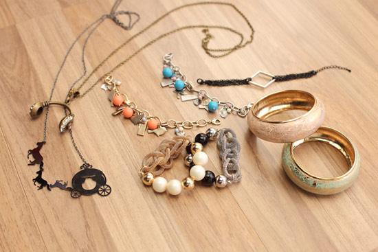 用飾品搭配在小地方用巧思讓整體穿搭更出色。