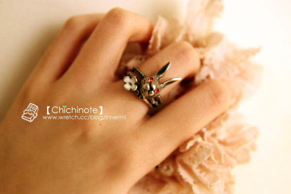 閃耀雙朣可愛立體兔子戒指