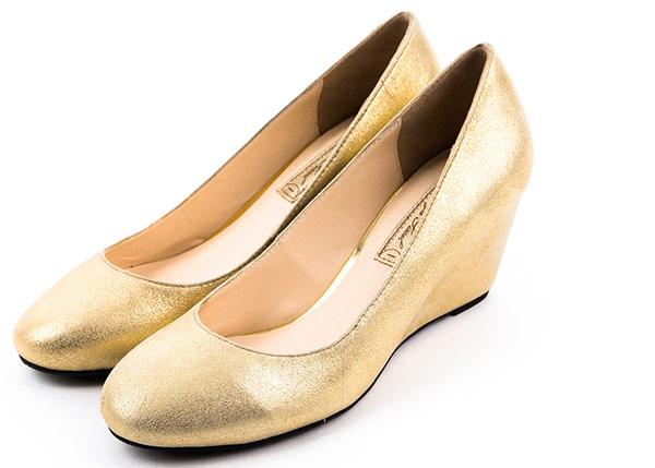 Sonya Sissel‧優雅女伶時尚羊皮楔型鞋(金色)